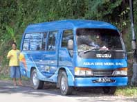 Dive Center Transfers Mini Bus - Tauchschule Bali